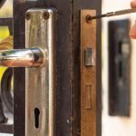 Swing your Locksmith in boston .