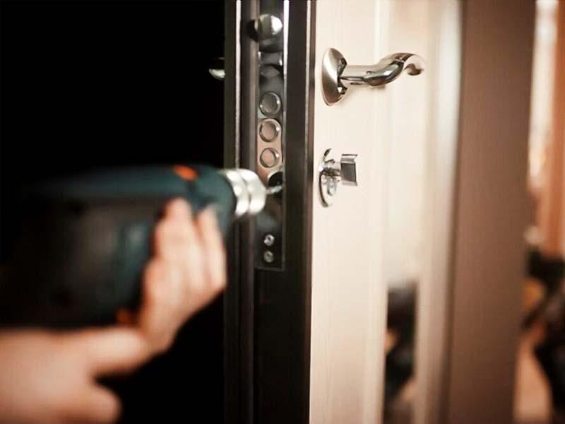 fixing a door boston